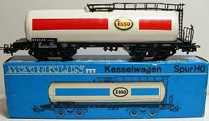 Märklin 4650 Tankwagen ESSO