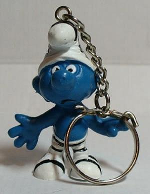 Gefangenenschlumpf als Schlüsselanhänger