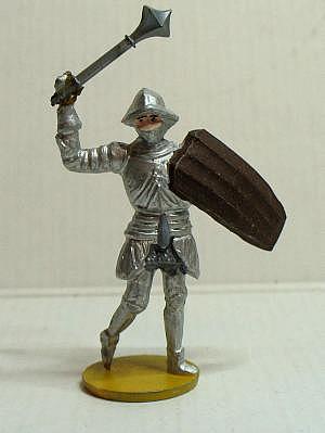 Merten Ritter 4cm mit Hellebarde