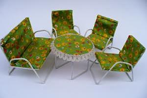 Puppenmöbel-Set der 70er Jahre